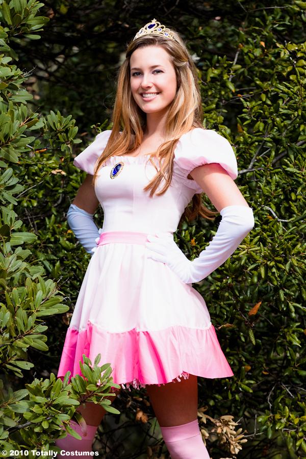 Princess Peach Costume Photoshoot Nova S Journal Blog