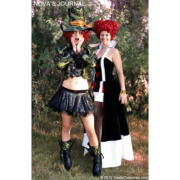 Character: Enchanting Queen of Hearts Adult Costume